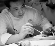 Initial行政总厨Chef Ling